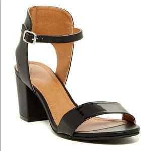 14th & Union Trista Black Patent Open Toe Sandal